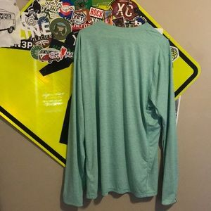 Light weight Patagonia long sleeve